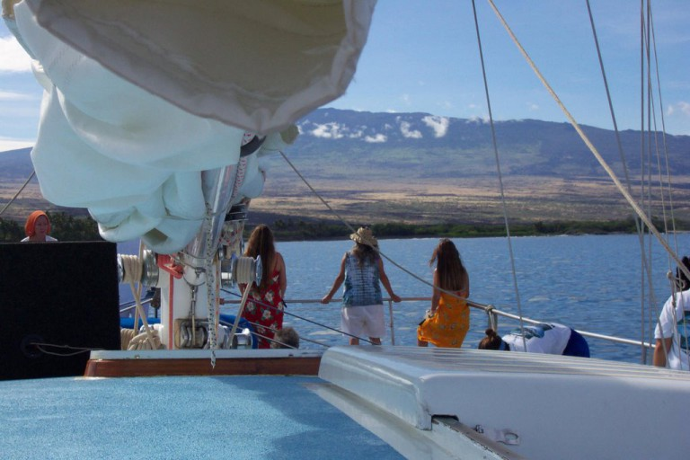 During our week of preparations, we took a special boat trip to Kealakekua Bay.