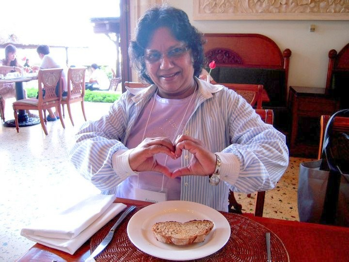 The magnificent Anastra with a heart shaped toast.