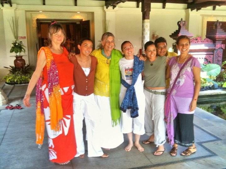 Indigo & Solara with some of our large group from Mexico: al.aktum, Sharim, Shahim, An Xahel & Keenuane.