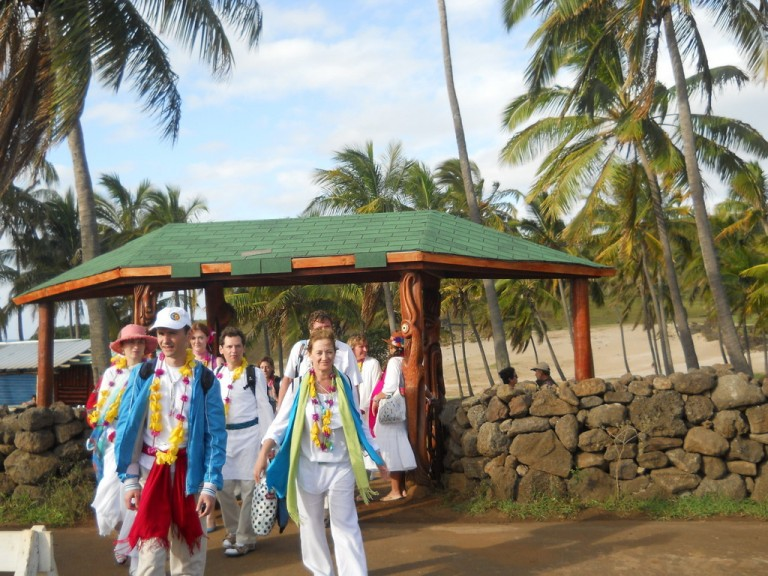 Our group arrives at Anakena for the first part of our three part 'A Mu'a Ceremony.