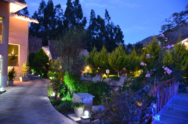 The gardens by night.